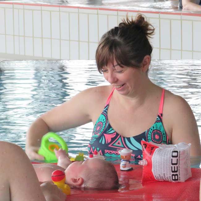 Babyschwimmen : Freitag, 10:15 Uhr